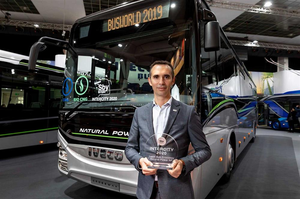 IVECO BUS si aggiudica il premio 'Sustainable Bus of the Year' per il terzo         anno consecutivo