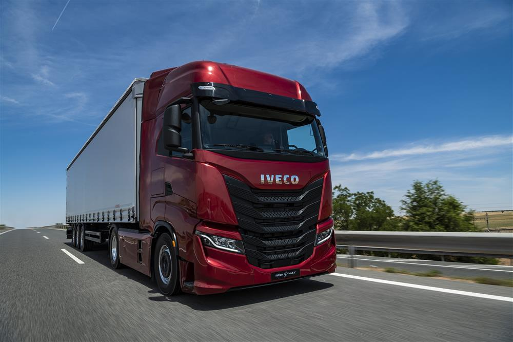 Nuovo IVECO S-WAY