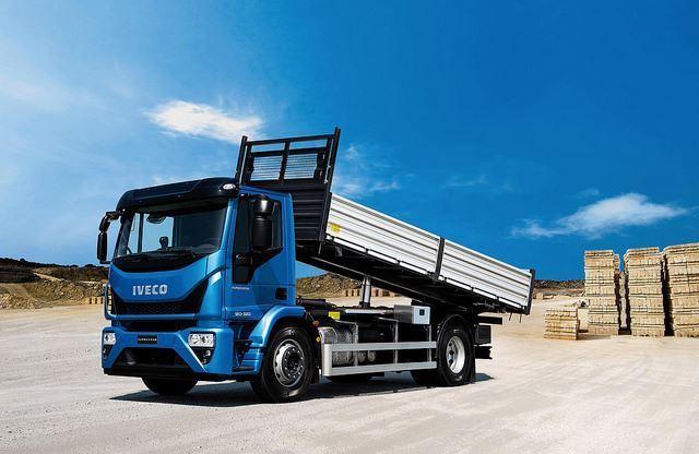 Trasporto merci camion